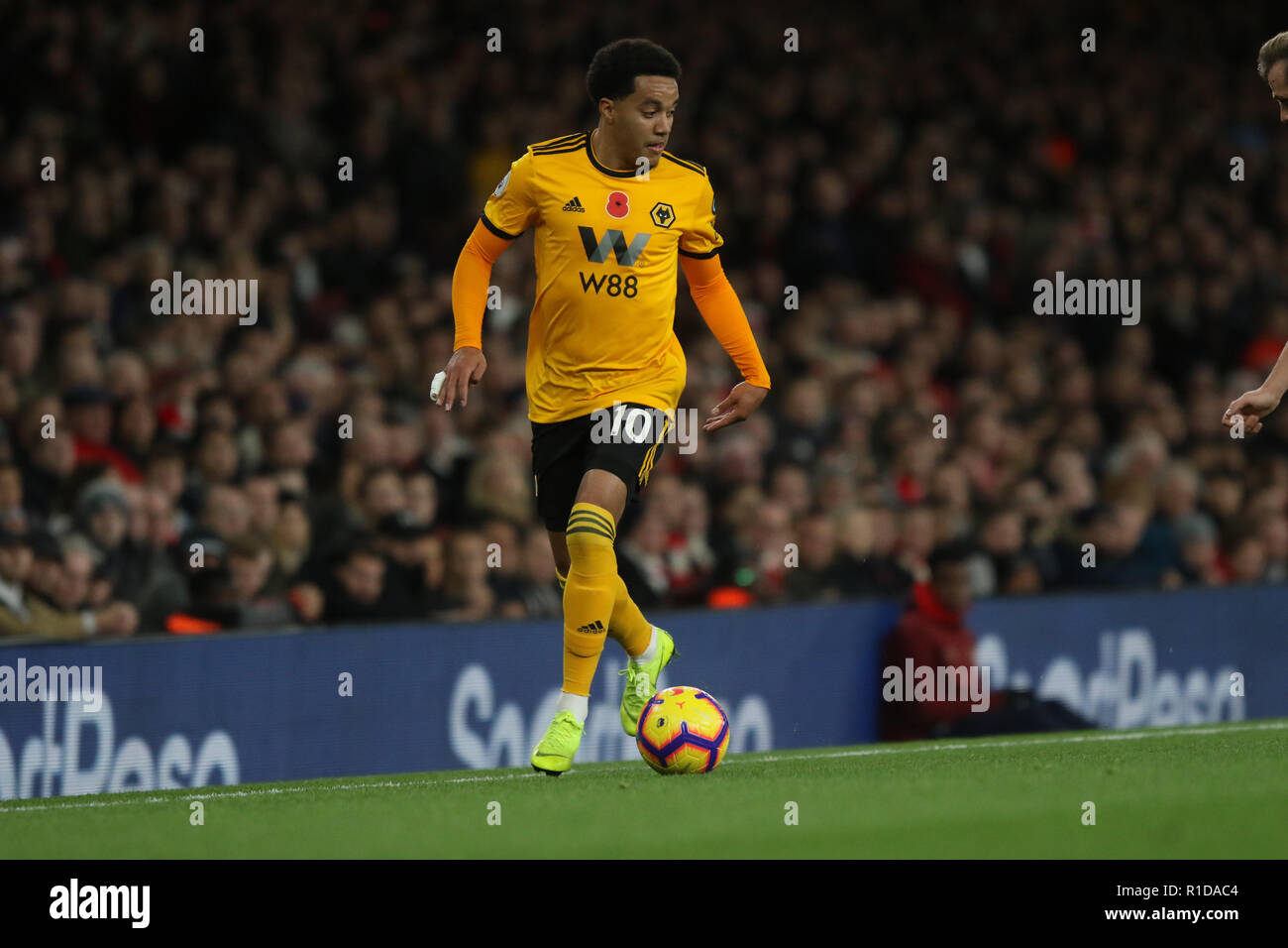 Arsenal V Wolves Picture Stock Photos   Arsenal V Wolves Picture ... 55e919a4a