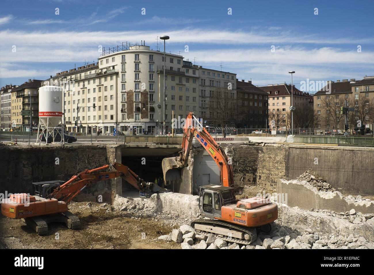 Wien, Straßenbahn, Bauarbeiten Hauptbahnhofanbindung Südtirolerplatz - Vienna, Subway Construction - Stock Image