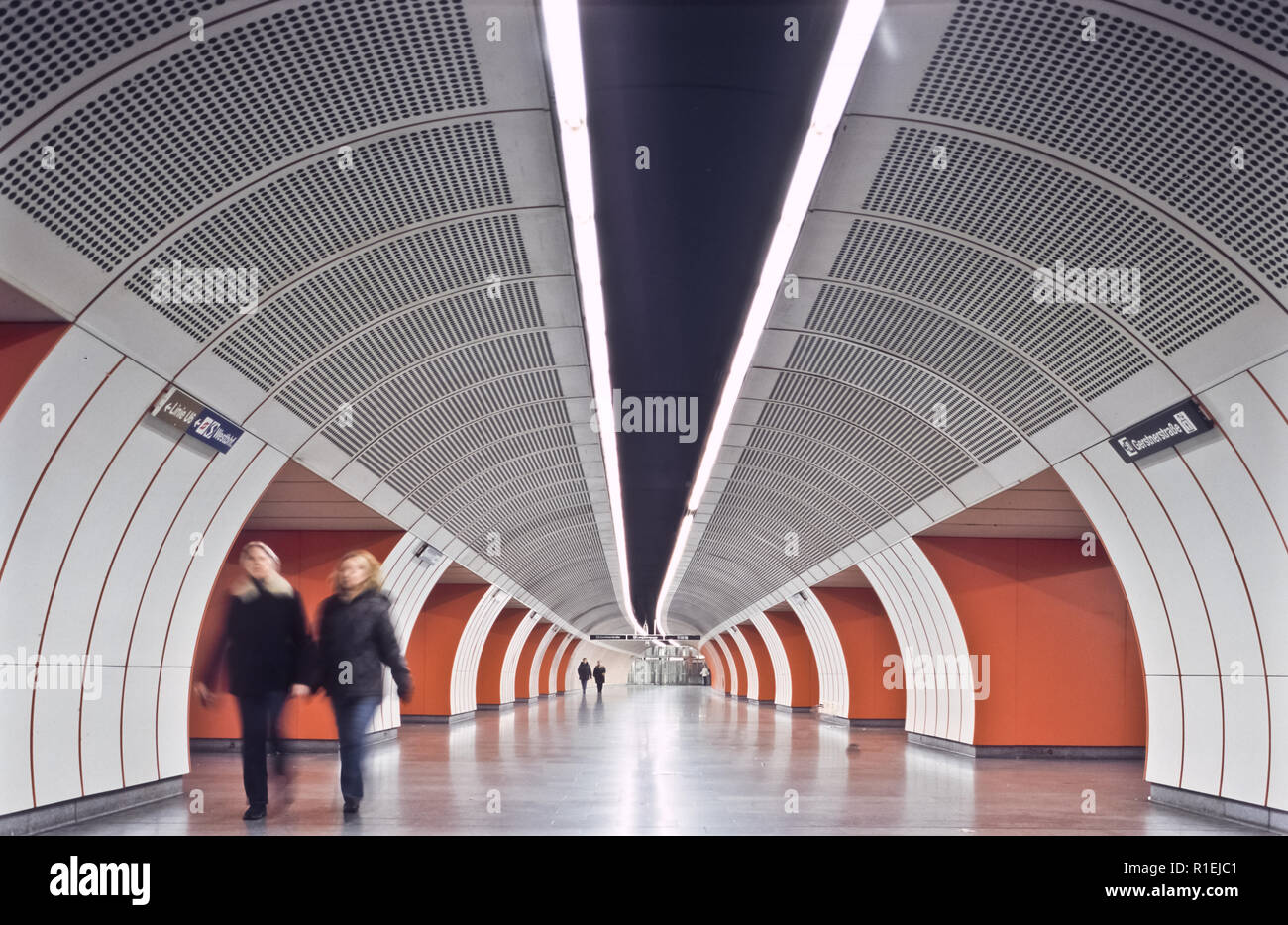 Wien U Bahn U3 Station Westbahnhof Vienna Subway Line U3