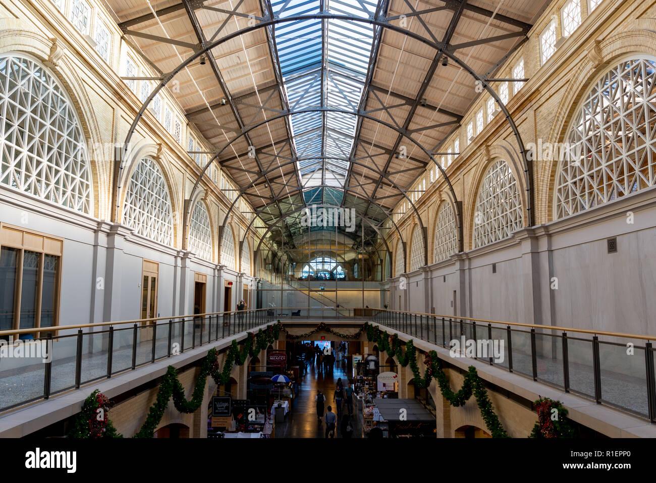 SAN FRANCISCO - NOVEMBER 07 2018: Inside of Beaux Arts style Ferry Building Marketplace Stock Photo