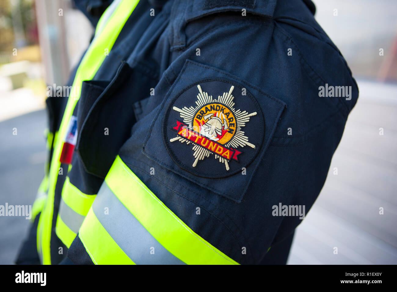 Brandmän på Attunda brandstation i Sollentuna. - Stock Image