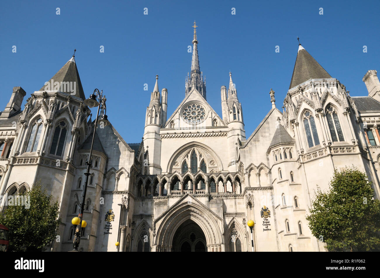 The Royal Courts of Justice, High Court, London, England, UK Stock Photo