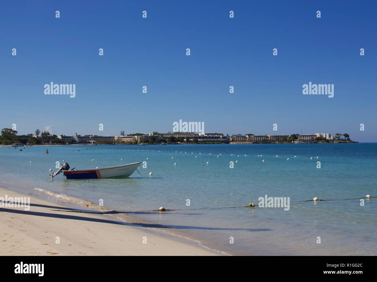 Landscape of the seven mile beach in Negril, Jamaica - Stock Image