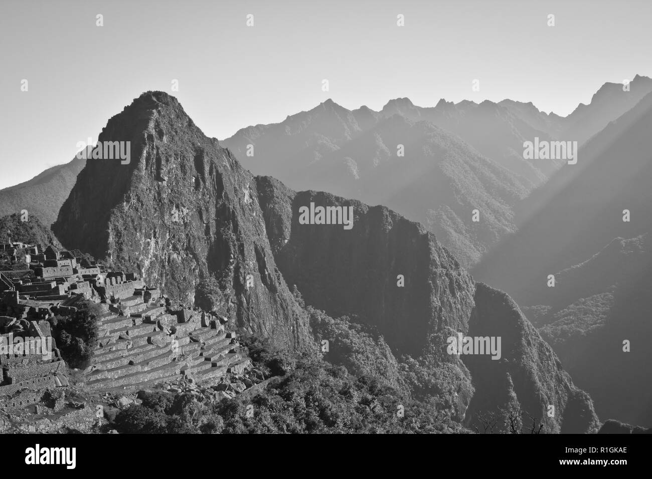 Machu Picchu, an Incan citadel set high in the Andes Mountains, Peru, above the Urubamba River valley. Built in the 15th century and later abandonded - Stock Image