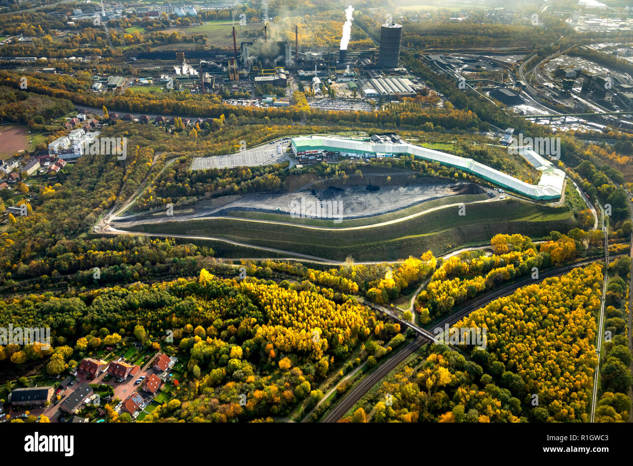 Aerial View, embankment on the heap Bottrop, alpincenter Bottrop, stockpile safety, INTERSPORT ALPINE CENTER, lifting Leak Street, earthworks on the h - Stock Image