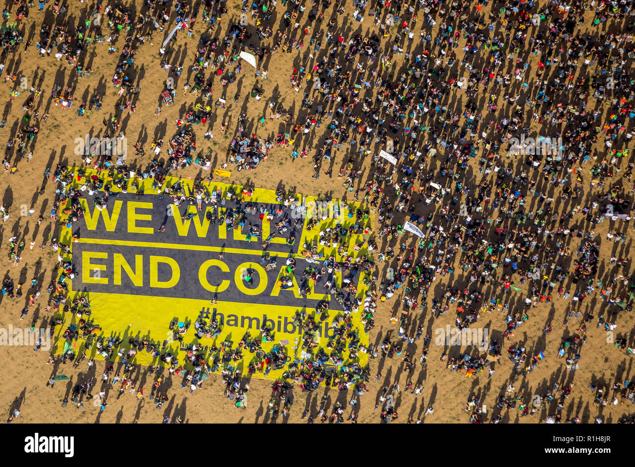 Many people on large-scale demonstration with Banner We will end coal, against the deforestation of Hambach Forest - Stock Image