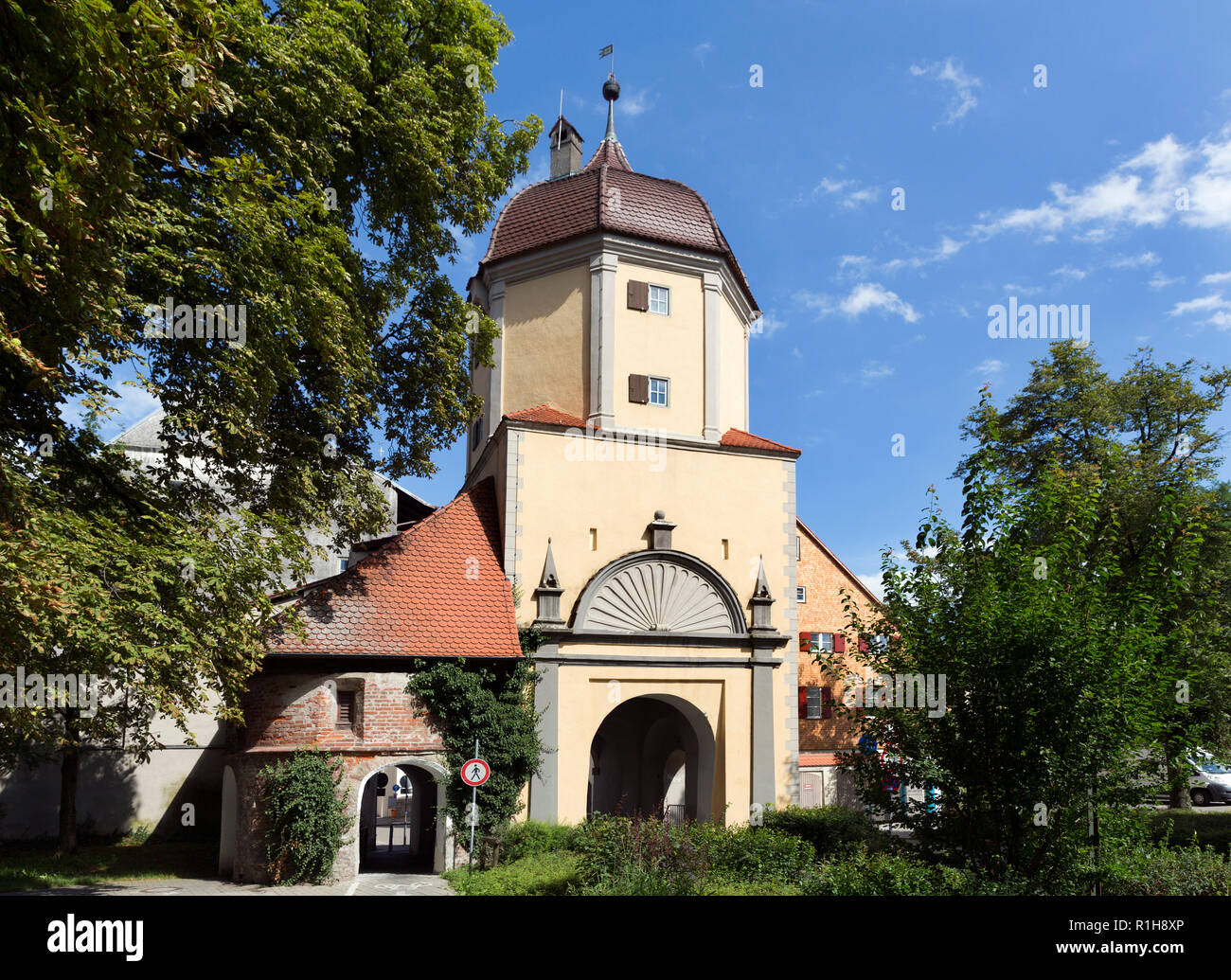 Westertor, one of several preserved city gates of the medieval city fortification, Memmingen, Swabia, Bavaria, Germany - Stock Image
