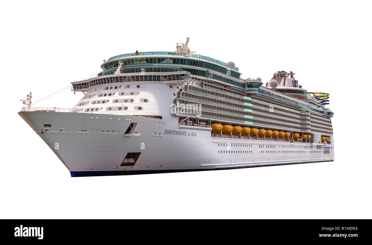 Cut out image of the royal caribbean ship Independence of the seas. - Stock Image