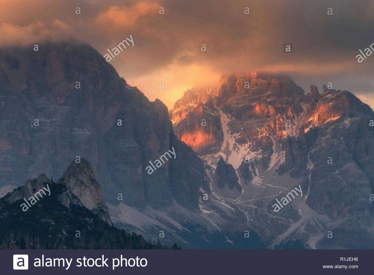 Alpine glow at Passo di Giau in the Dolomites, district of Belluno, Italia, Europe - Stock Image