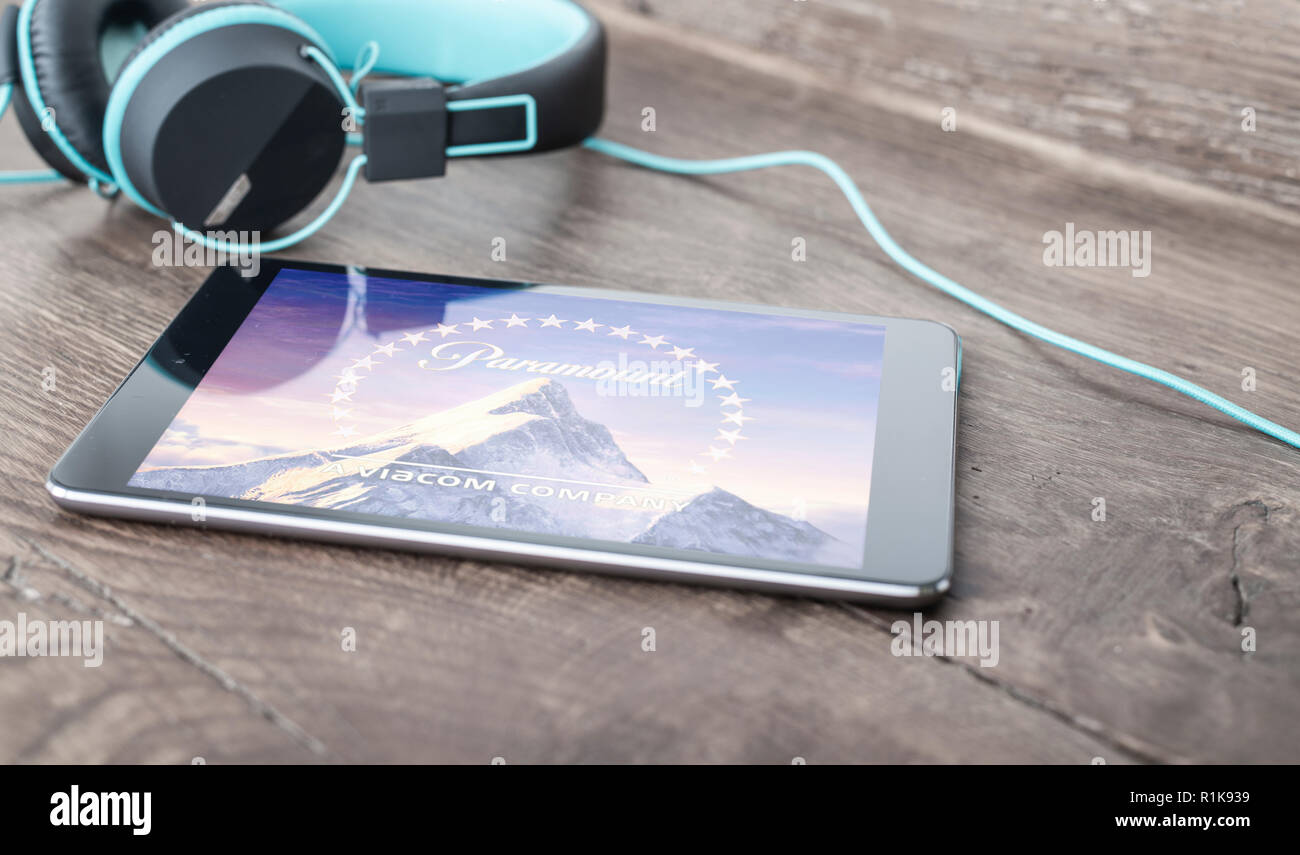 paramount pictures on tablet screen - Stock Image