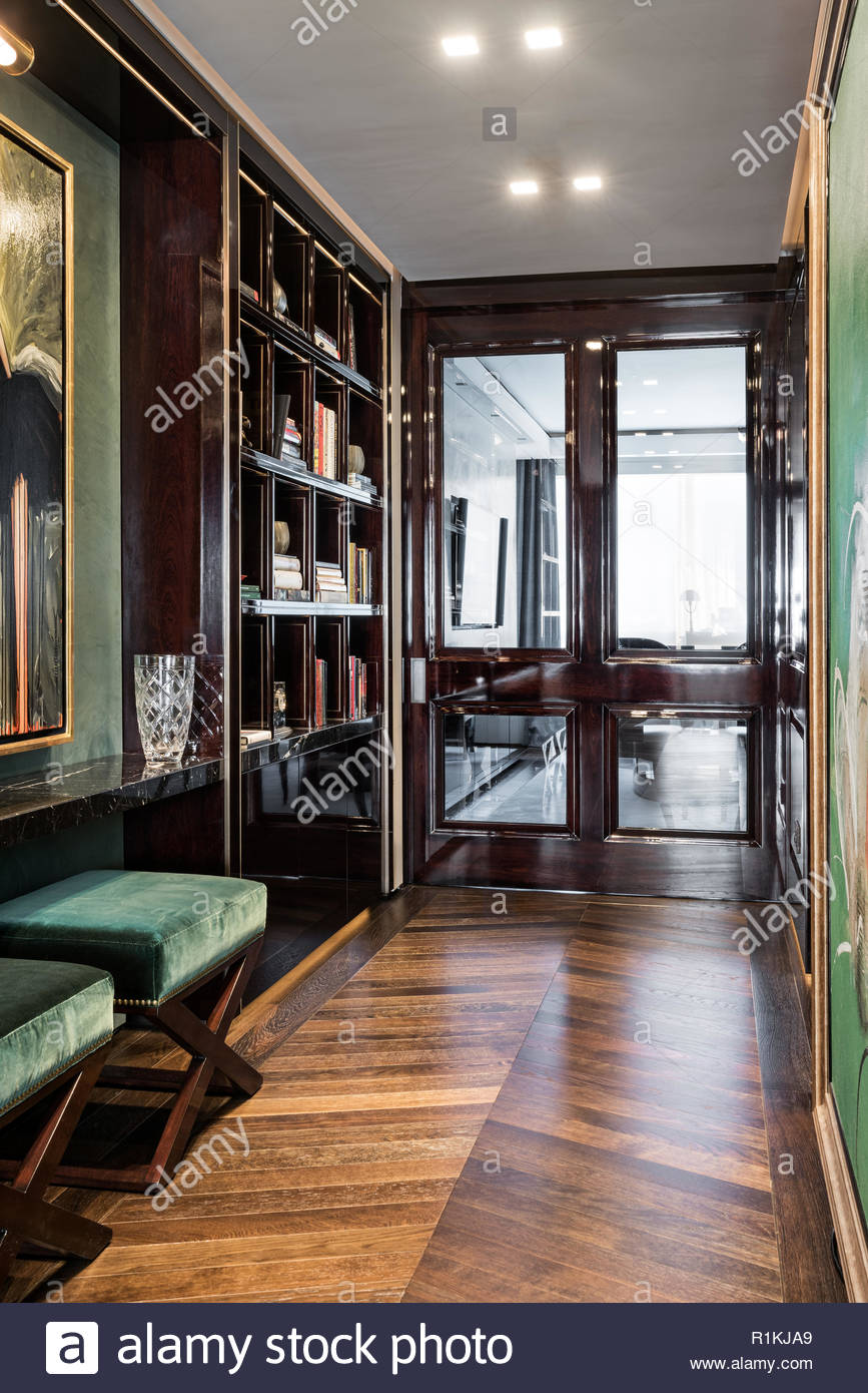 Brown and green toned hallway - Stock Image