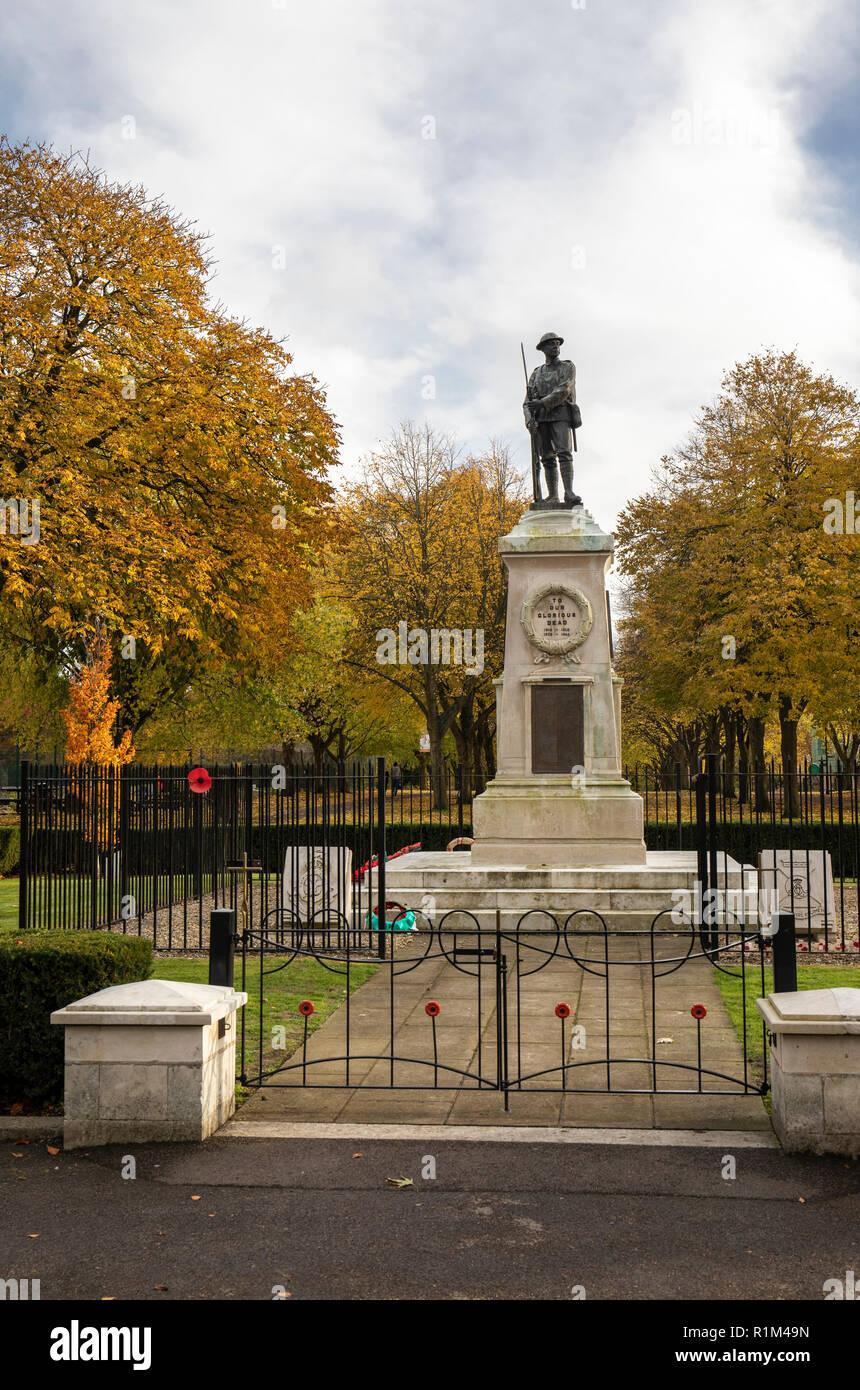 The Trowbridge War Memorial, Trowbridge Park, Trowbridge, Wiltshire, UK - Stock Image