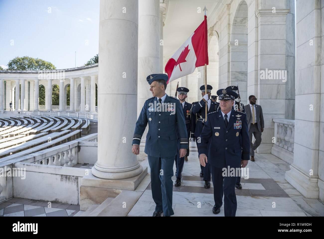 Lt  Gen  Al Meinzinger (left), commander, Royal Canadian Air
