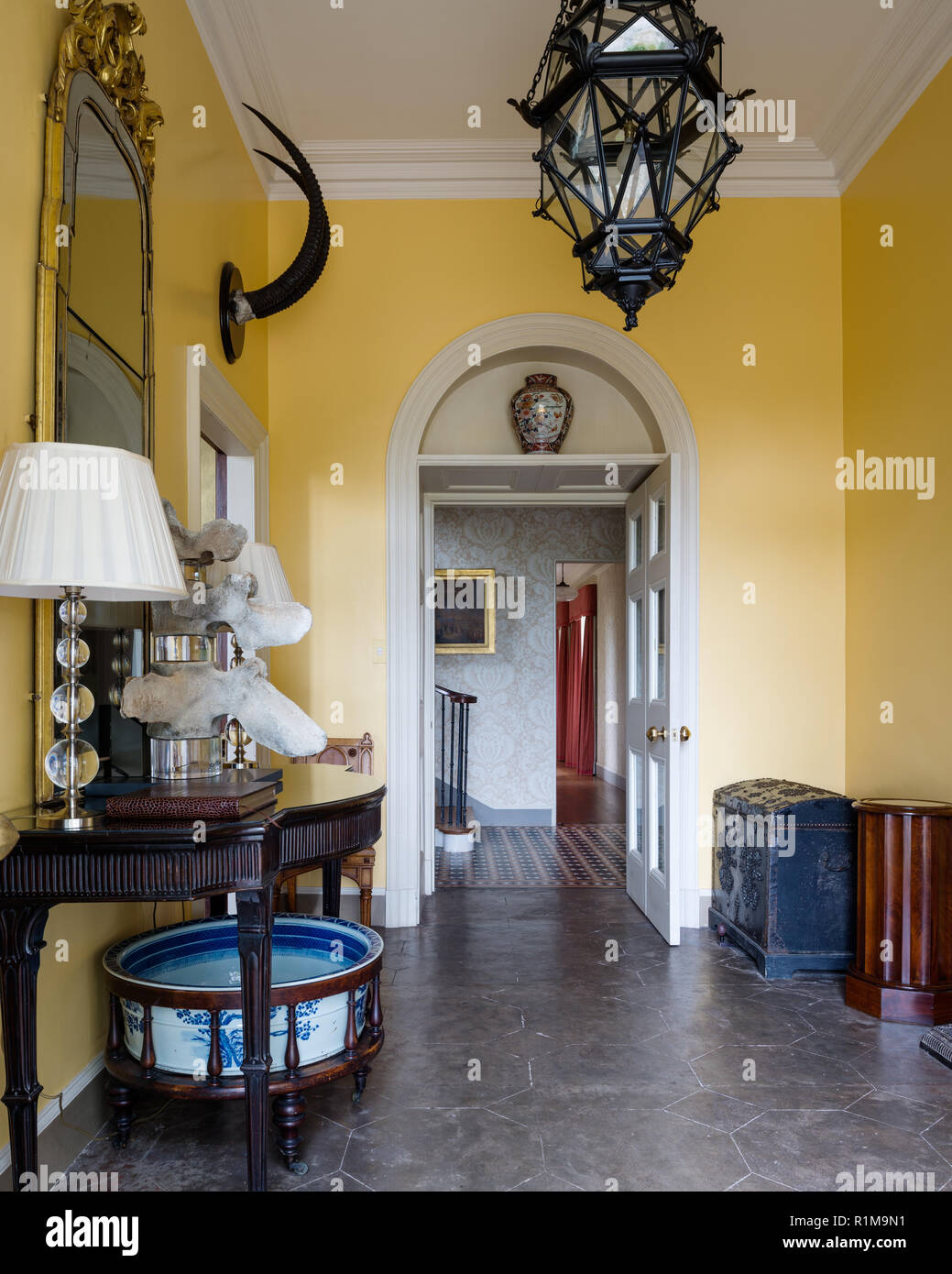 Yellow entrance hall - Stock Image