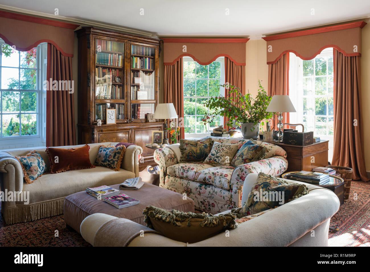 Edwardian style living room - Stock Image