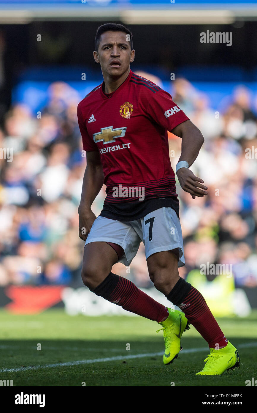LONDON, ENGLAND - OCTOBER 20: Alexis Sánchez of Manchester United during during the Premier League match between Chelsea FC and Manchester United at Stamford Bridge on October 20, 2018 in London, United Kingdom. (Photo by Sebastian Frej/MB Media/Getty Images) - Stock Image