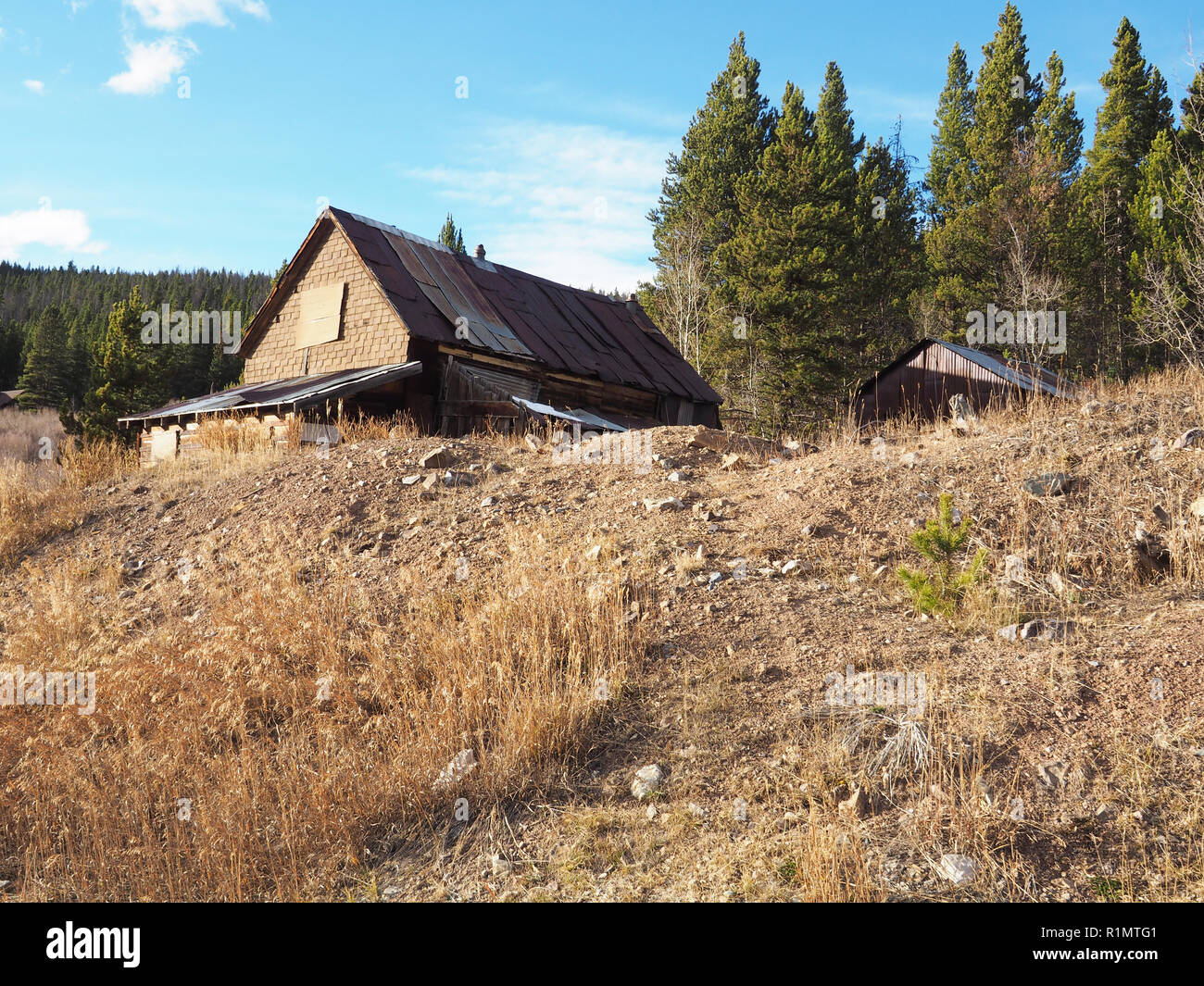 An old building for a mine in the hills near Breckenridge Colorado - Stock Image