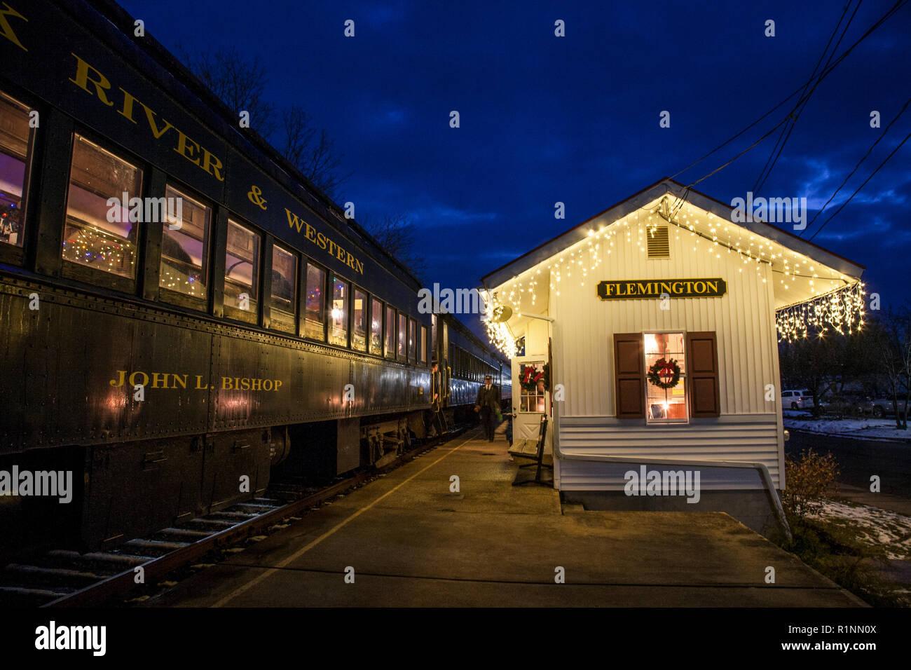 Christmas Train Ride Nj.Christmas Train Ride Flemington Nj Thecannonball Org