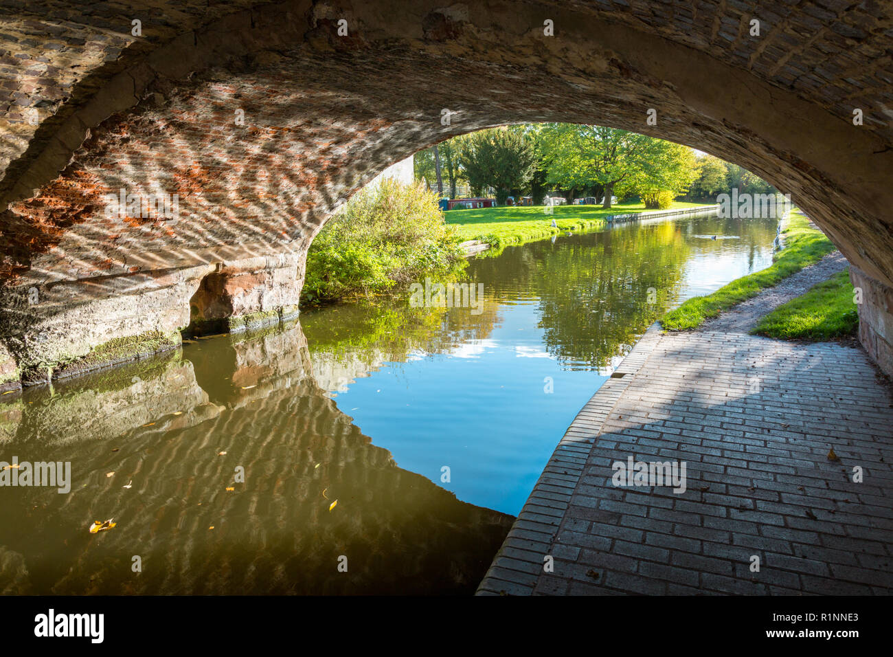 Canal towpath and bridge, autumn, late summer, Staffordshire and Worcestershire canal, UK, near wolverhampton - Stock Image