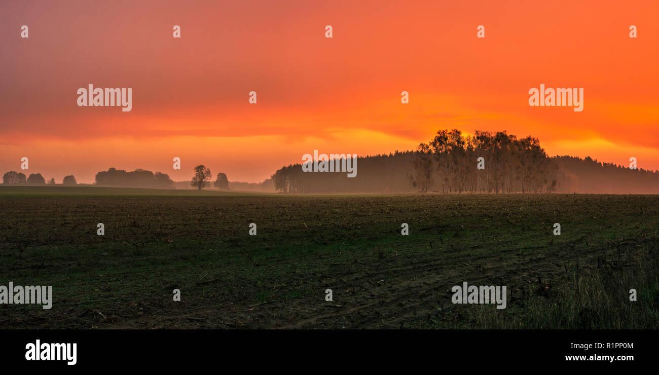 Spectacular sunrise in Löwenberger Land, Brandenburg - Stock Image