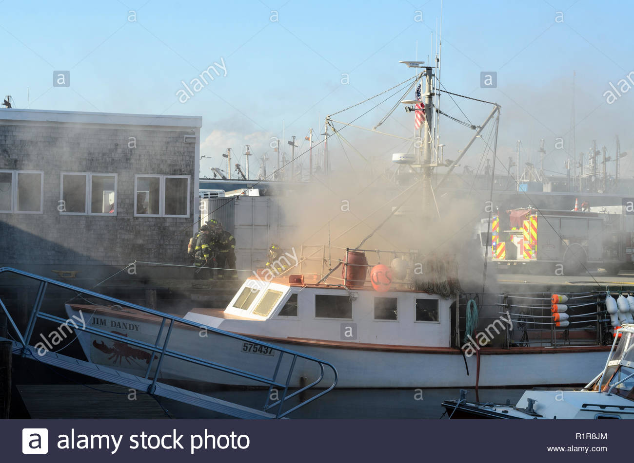 Boat Fire Wharf Stock Photos & Boat Fire Wharf Stock Images
