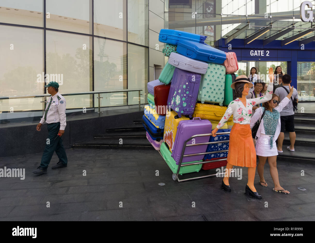 PATTAYA,THAILAND - OCTOBER 13,2018: Terminal 21 This is the big,new mall in Second Road before the opening six days later.A group of Chinese tourists  - Stock Image