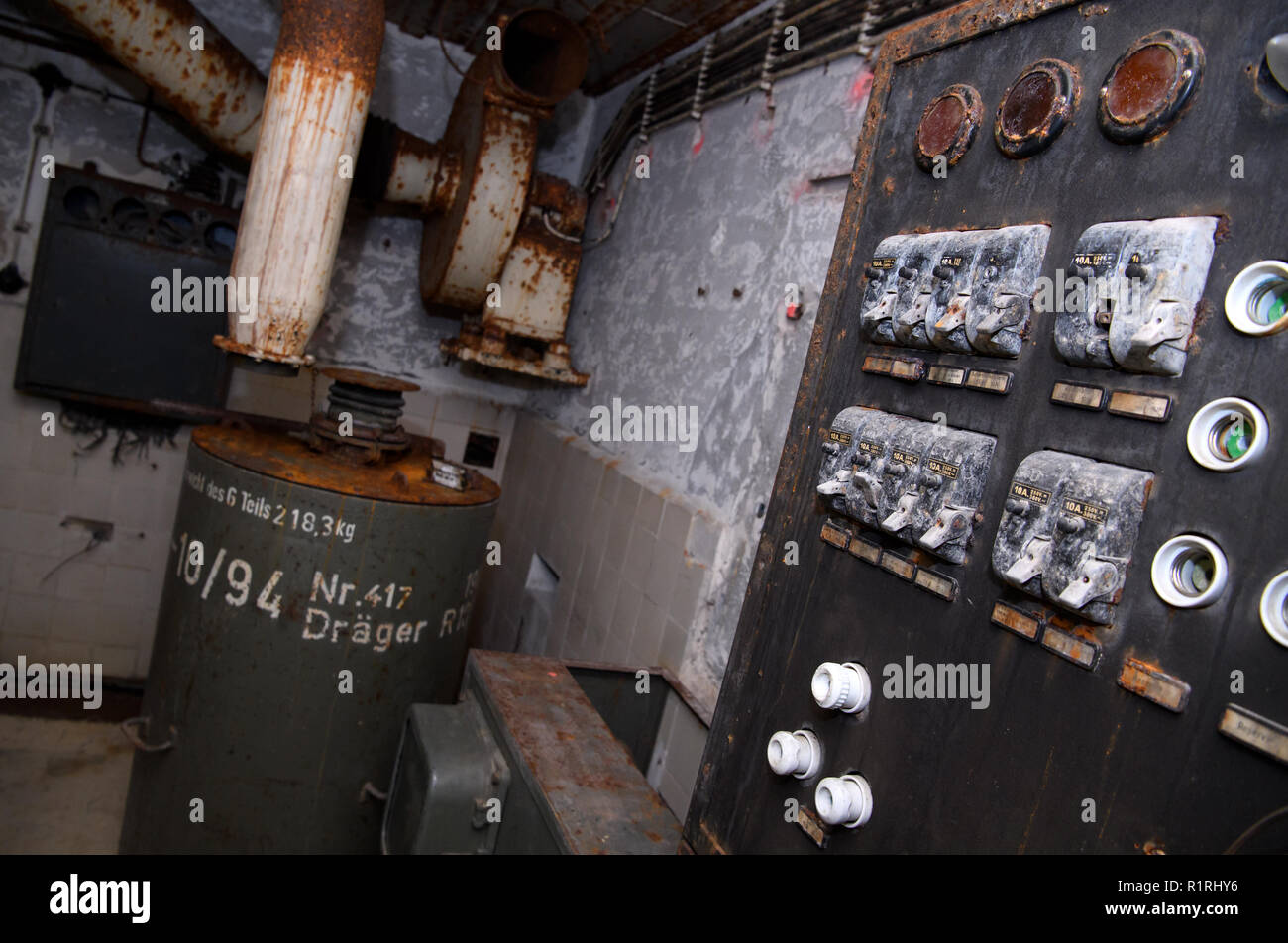 Old Fuse Box Stock Photos Images Alamy Ah An Can Be Seen