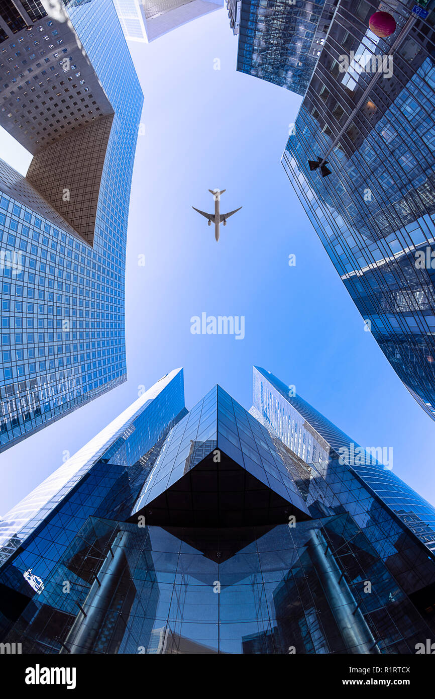Flying above the Societe Generale tower on the Valmy courtyard in the La Défense financial district next to Paris Stock Photo