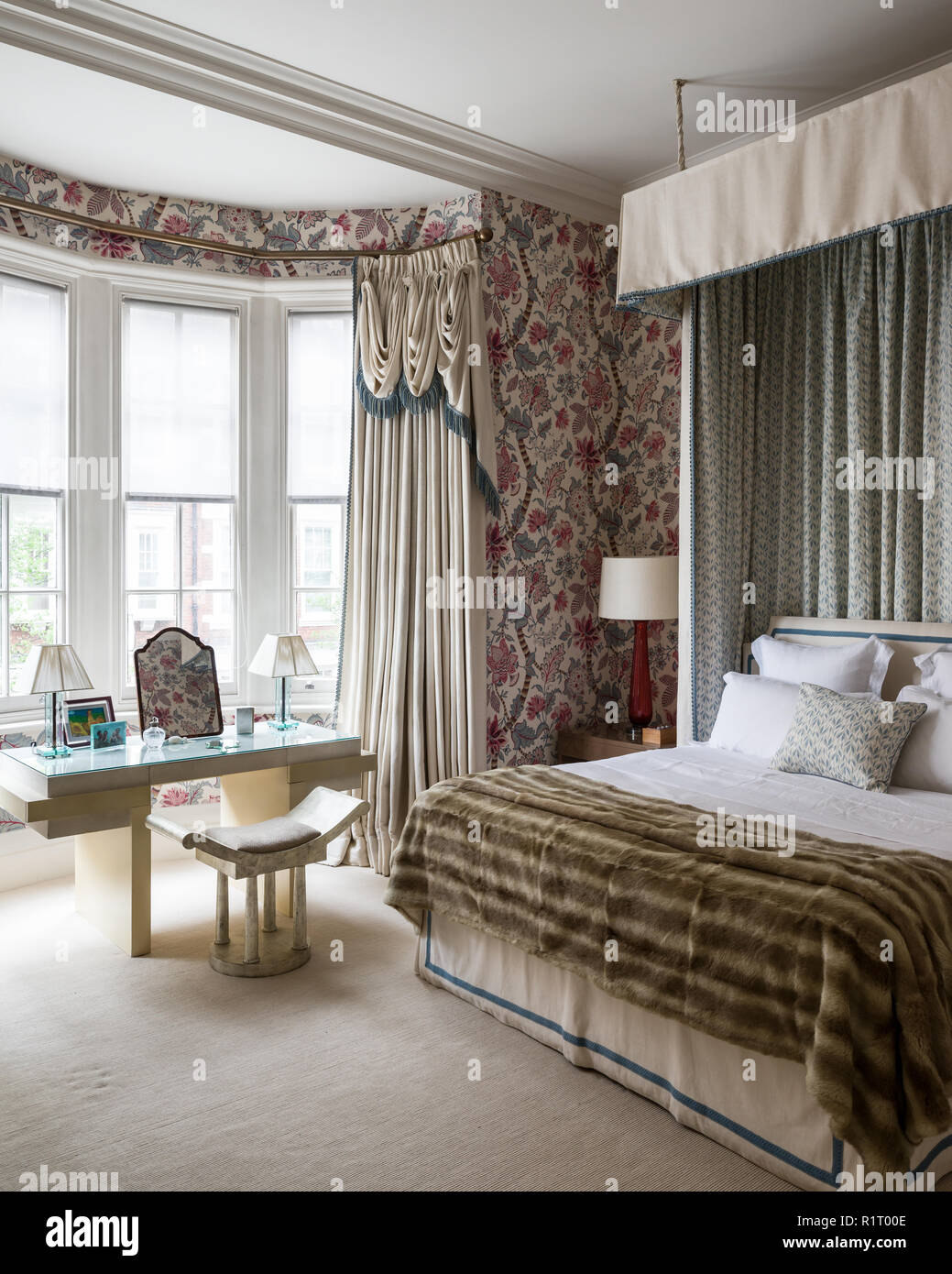 Edwardian Bedroom High Resolution Stock Photography And Images Alamy