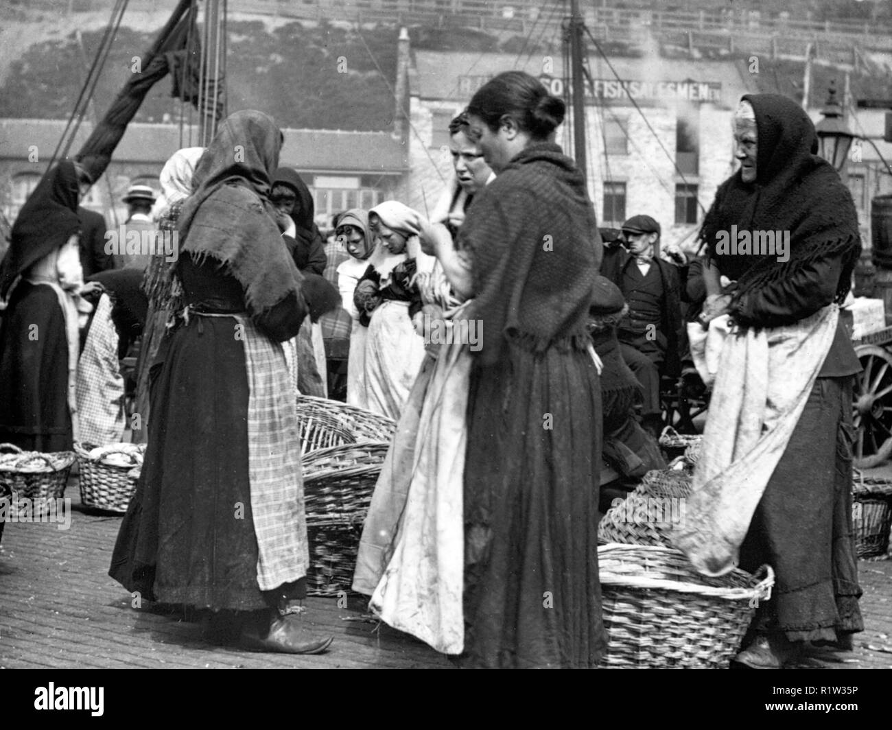 Fishwives, North Shields early 1900's - Stock Image