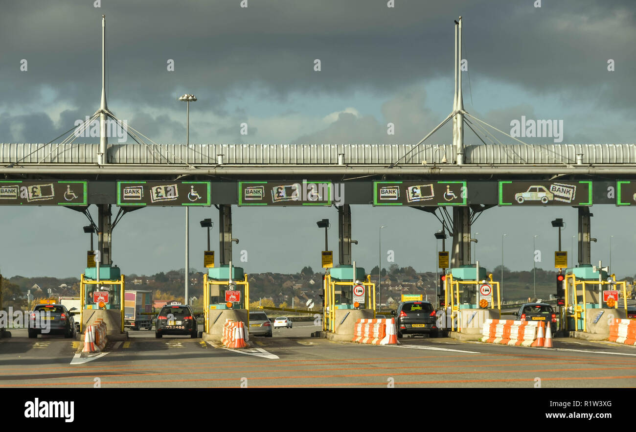 SECOND SEVERN CROSSING, WALES - NOVEMBER 2018: Row of booths on the M4 motorway in Wales to collect the toll charges from drivers using the Second Sev - Stock Image