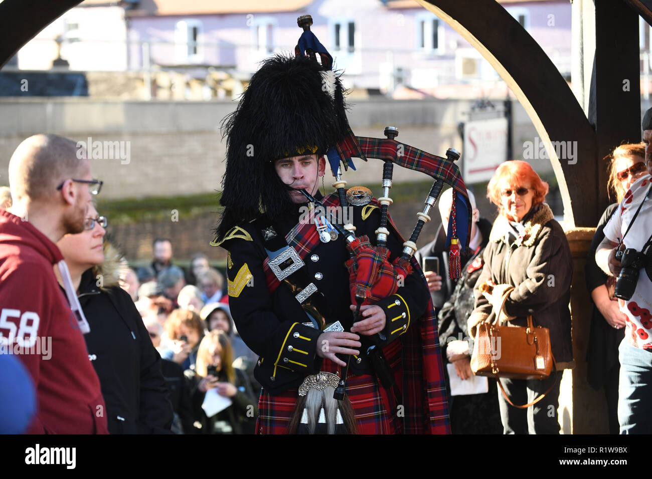 Lone piper from the The Royal Scots Dragoon Guards Wellington Remembrance Service a Parade 2018 - Stock Image