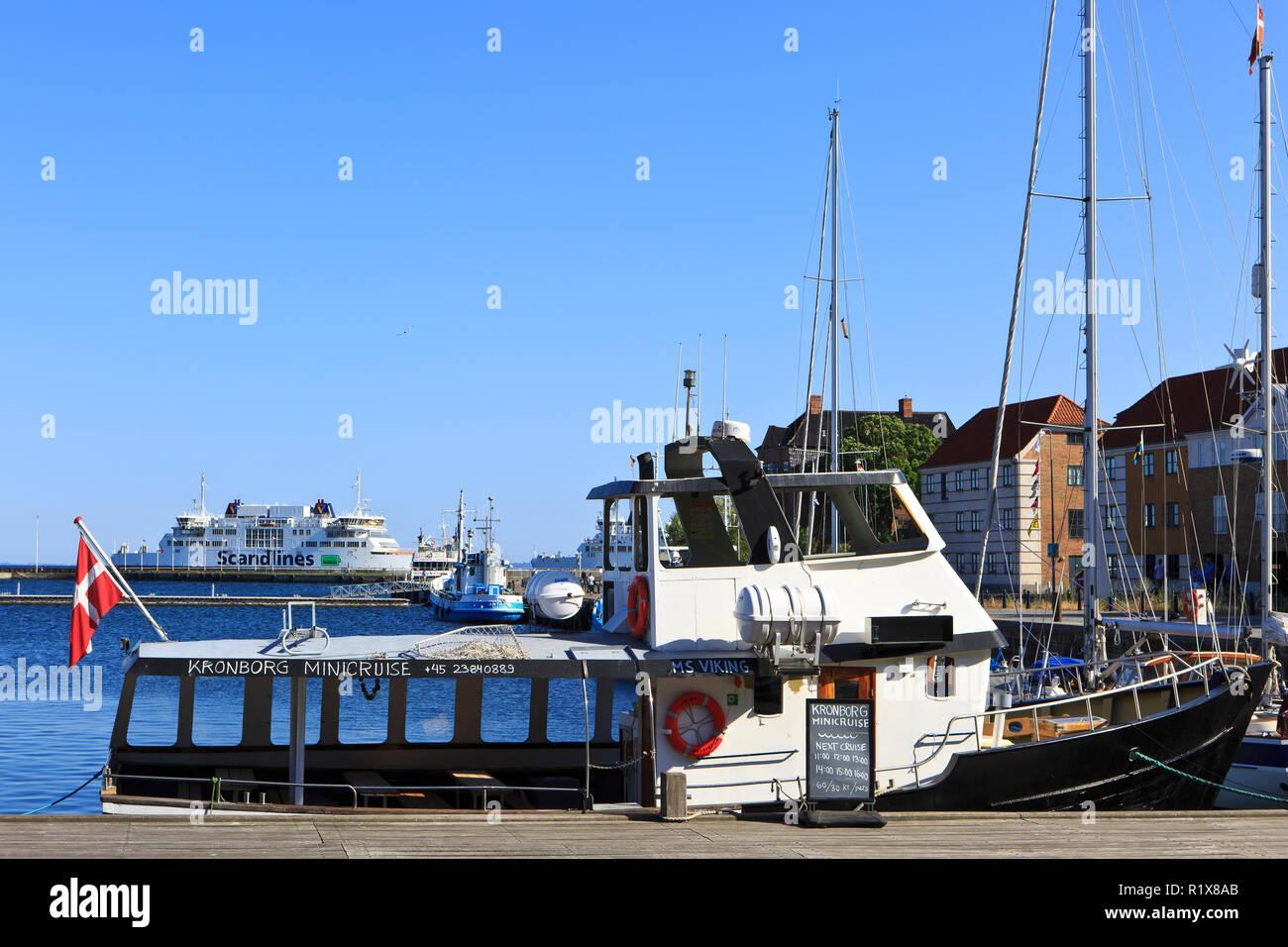 The MF Tycho Brahe ferry entering the port of Helsingor, Denmark - Stock Image