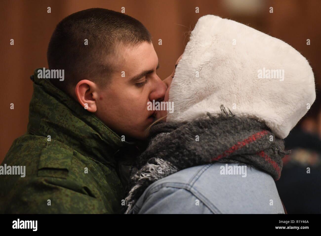 Ready help kiss the girl russian
