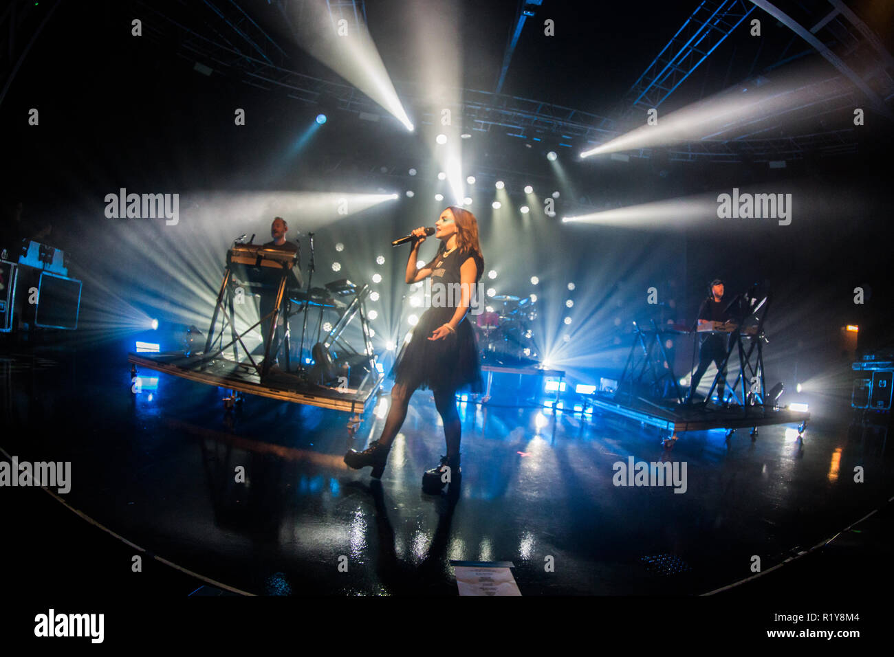 Milan, Italy. 14th November 2018. The Scottish synth-pop band CHVRCHES performs live on stage at Fabrique to present their new album 'Love Is Dead' Credit: Rodolfo Sassano/Alamy Live News - Stock Image