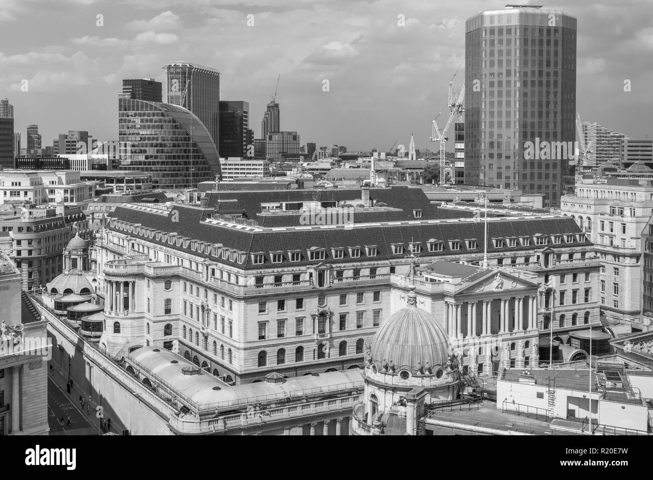 Rooftop skyline view of the Bank of England, Threadneedle Street, City of London, EC2 with Angel Court and Moor House behind - Stock Image
