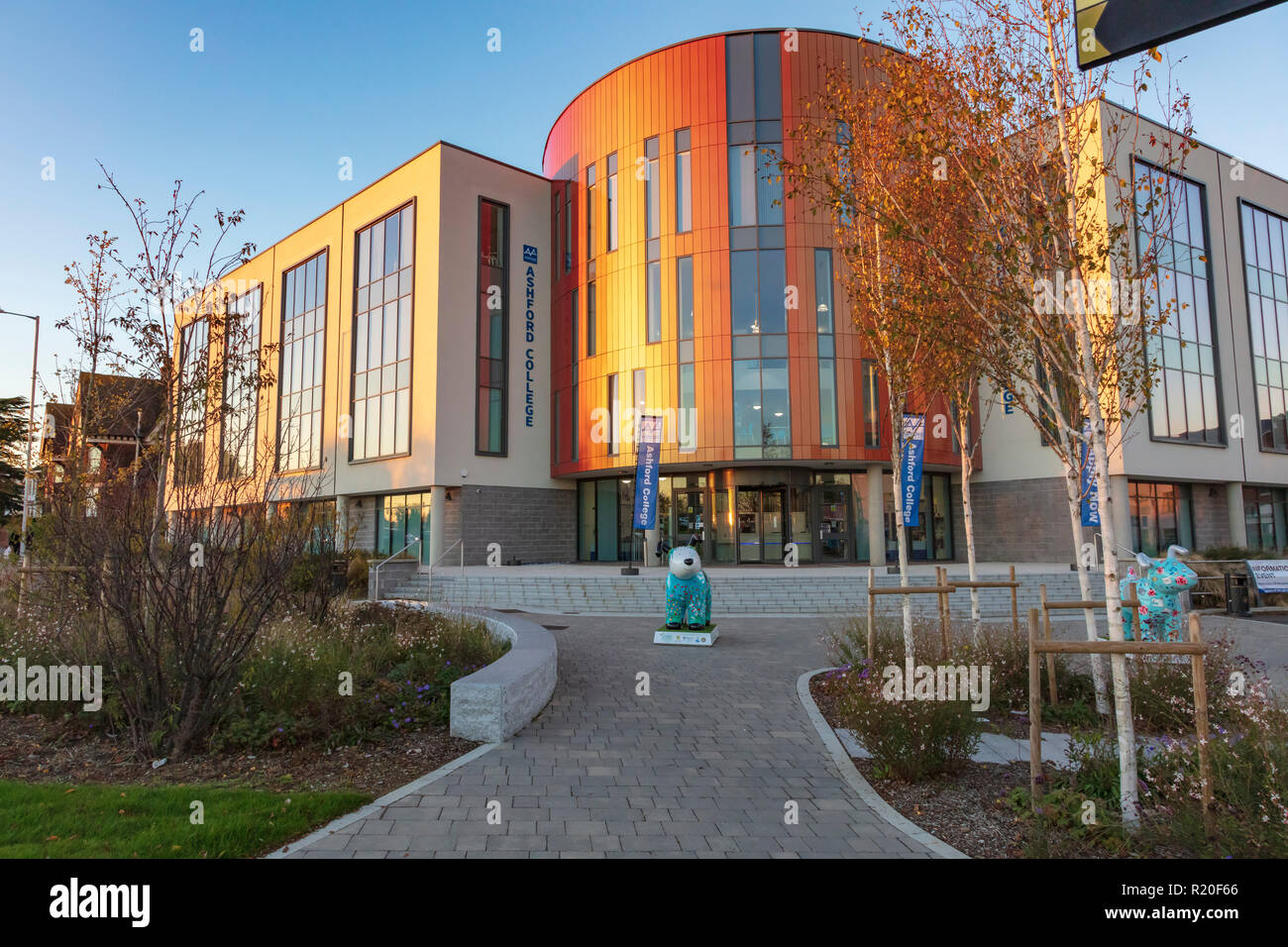 Ashford College is a new Further/ Higher Education College, part of the Hadlow Group. Seen in warm winter light, Kent, UK - Stock Image