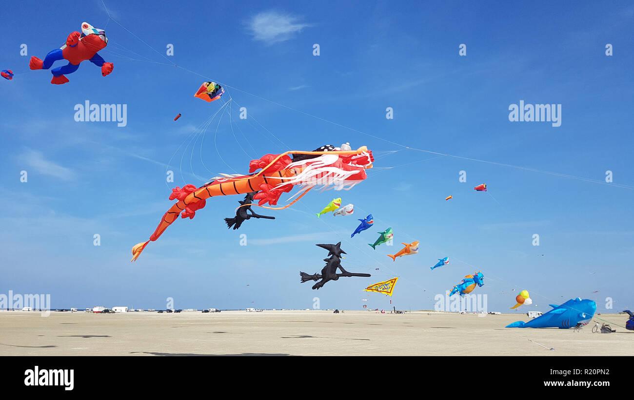Drachen, Festival, Figuren, Modelle, Insel, Roemoe - Stock Image