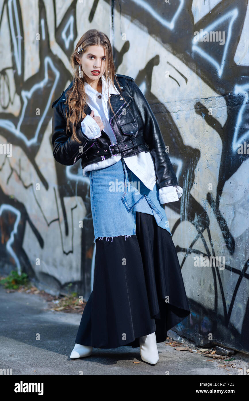 Model wearing baggy oversize clothes promoting new collection - Stock Image