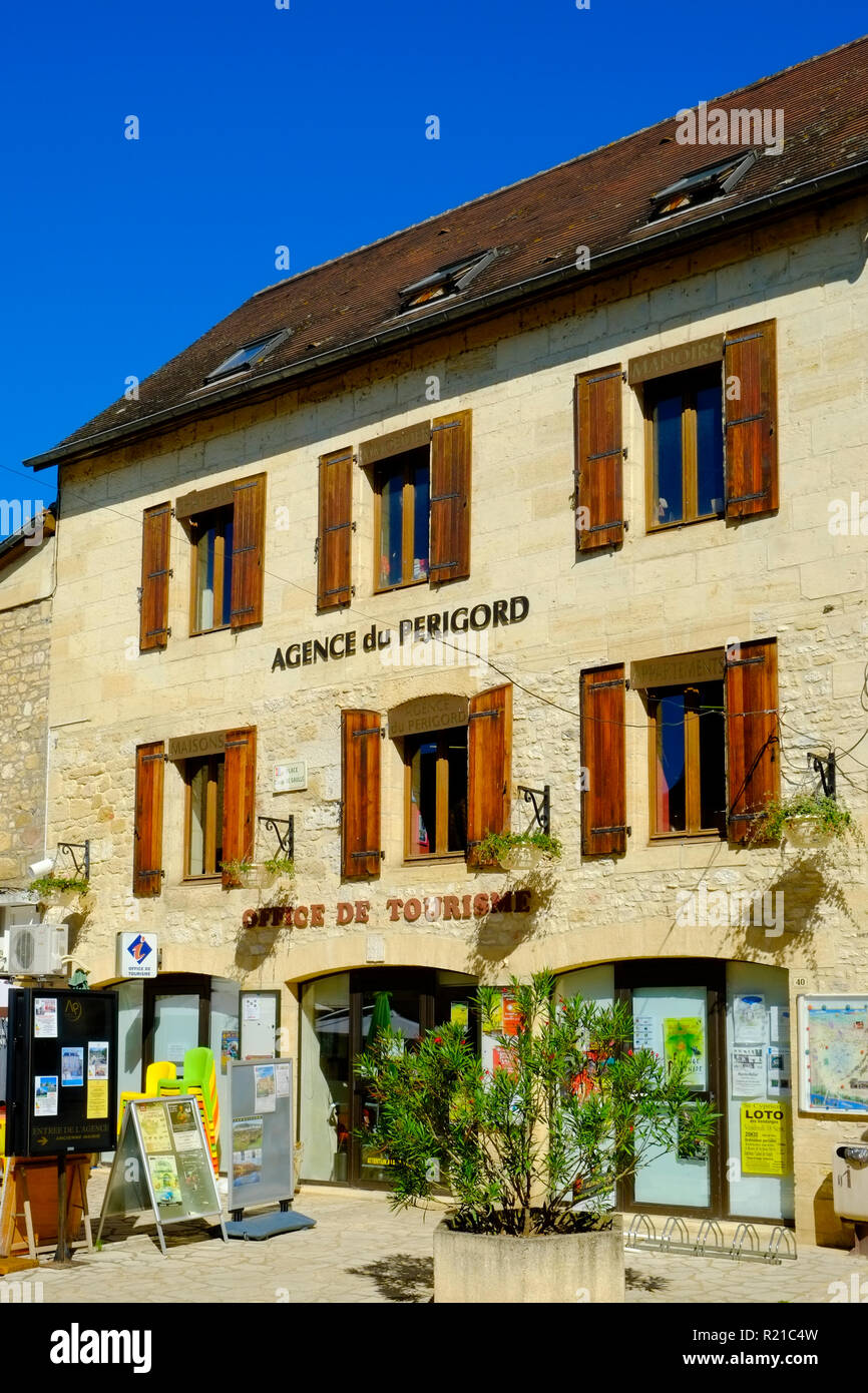 St-Cyprien, Dordogne, France - 21st September 2015: Tourist Information office in St-Cyprien, Dordogne, France - Stock Image