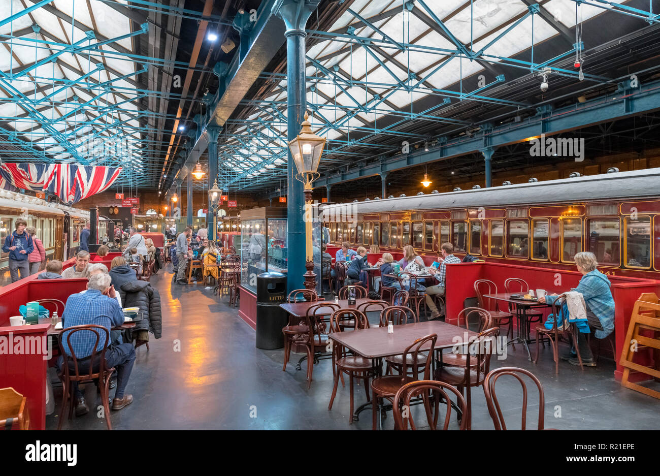 Train carriages and cafe in the Station Hall, National Railway Museum, York, North Yorkshire, England UK - Stock Image