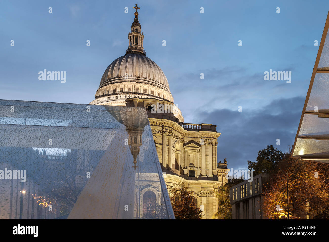 England,London,One New Change - Saint Paul's Cathedral  on a rainy building Stock Photo