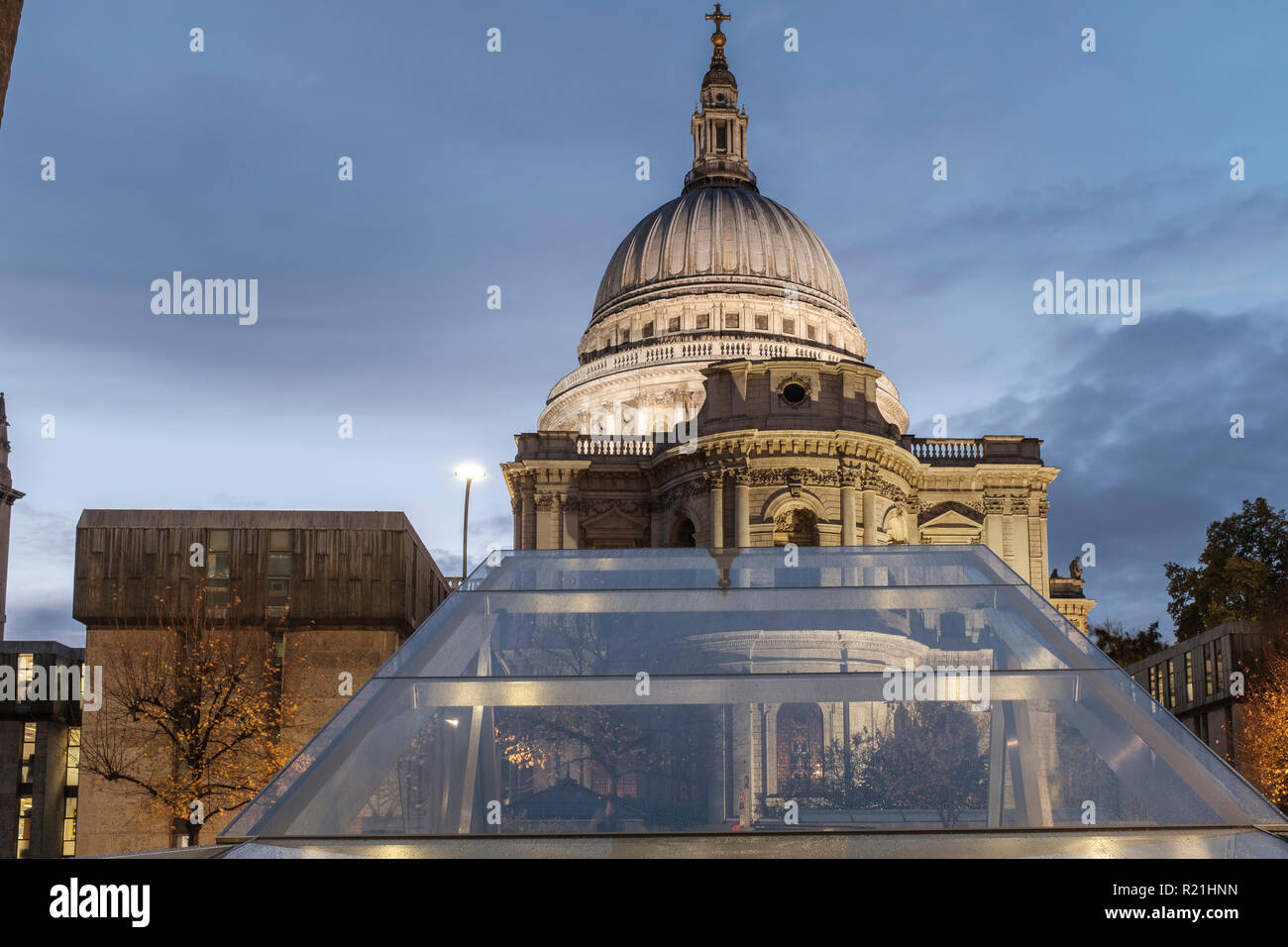 England,London,One New Change - Saint Paul's Cathedral  on a rainy building - Stock Image