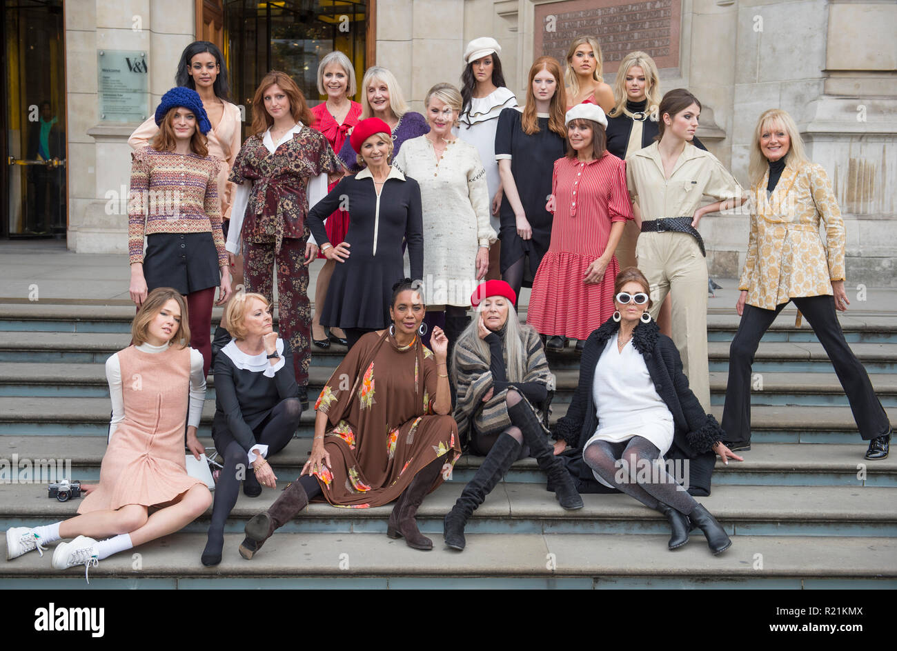 V&A, London, UK. 15 November, 2018. Models from the 1960s and 70s that worked with Mary Quant gather with contemporary models.. - Stock Image