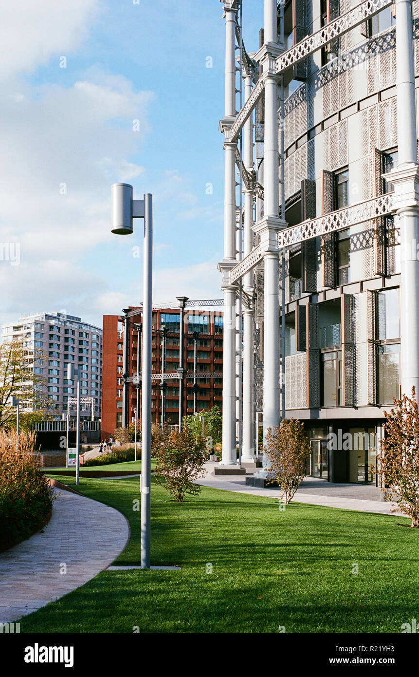 Gasholder Park, King's Cross, London UK, with new apartments - Stock Image