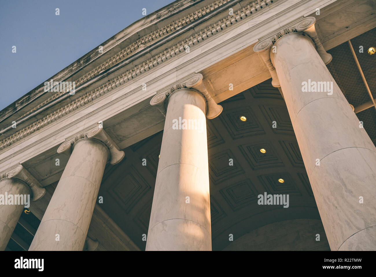View of columns, entablature and pediment with sky at the Jefferson Monument - Stock Image