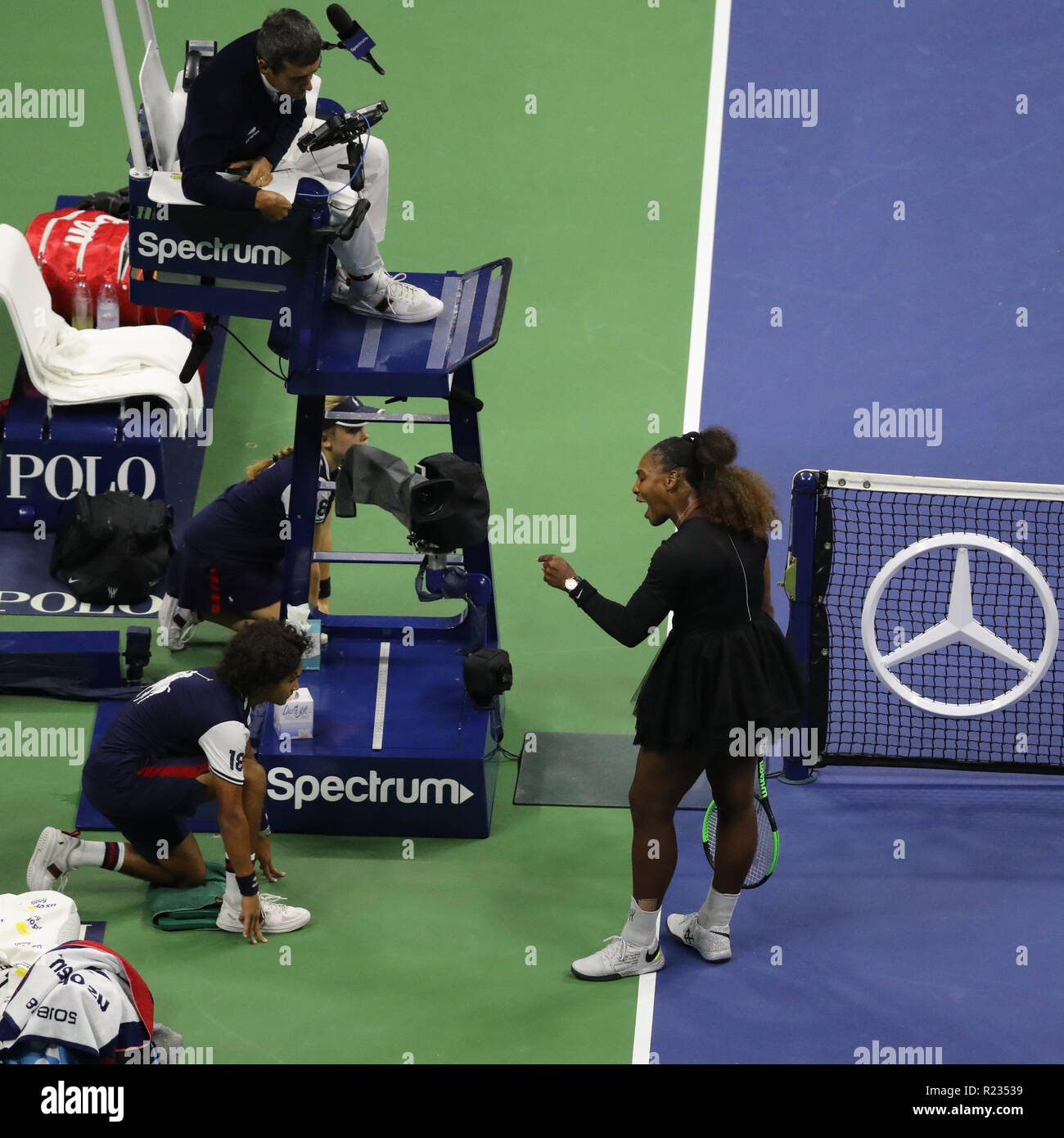 Chair Umpire High Resolution Stock Photography And Images Alamy