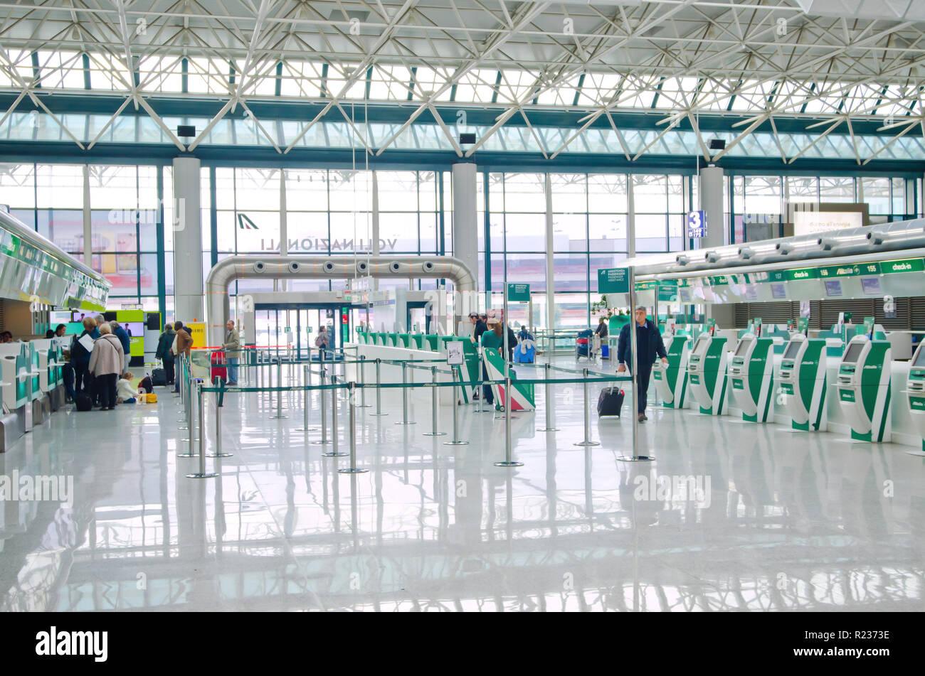 FCO Rome Fiumicino Leonardo da Vinci airport terminal interiors - Stock Image