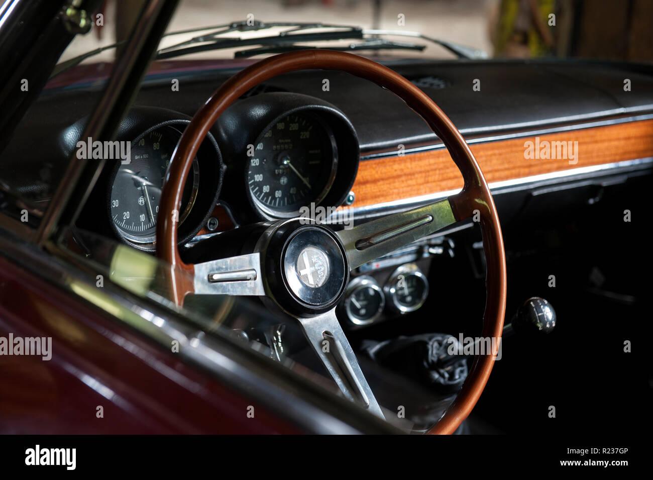 Alfa Romeo Gt Junior Classic Car Interior Stock Photo Alamy