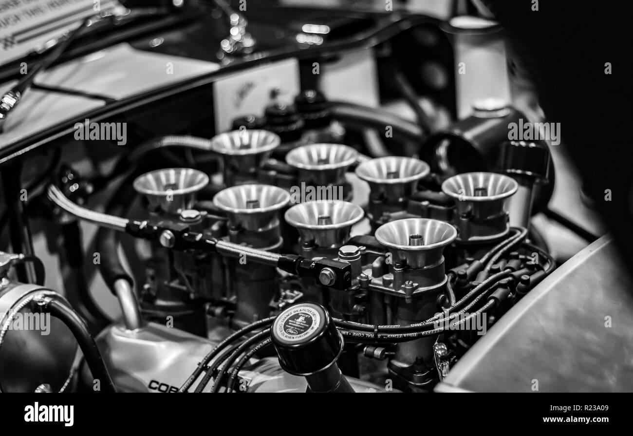 American V8 Ac Cobra Sports Car Engine Stock Photo Alamy